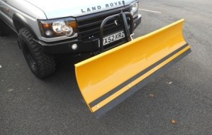 Land Rover Discovery Snow Plough