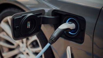 5 Electric Cars Myths Debunked