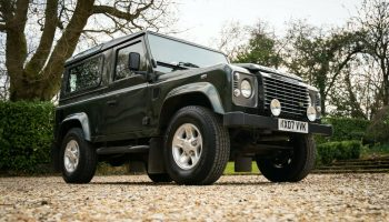2007-Land-Rover-Defender-90-XS