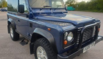 Land Rover Defender 90 Td5  2006  One of the last of the line   Solid  Drives A1