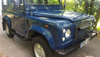 Land Rover Defender 90 Td5 6 seater  12 mths mot with no advisories