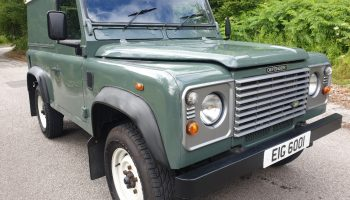 Land Rover Defender 90 Td5 2007  Totally original and unmolested  Drives A1