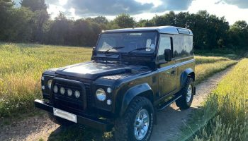 Land Rover Defender 90 Tdi – Solid chassis, very reliable & an honest defender