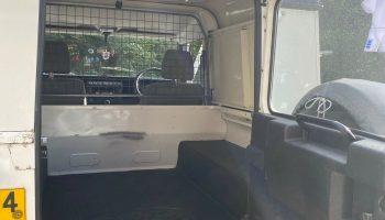 Land Rover Defender 90 TD5 Special Vehicle