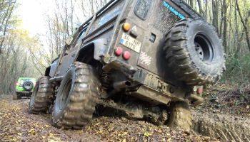 Land Rover Defender 90 TD5 – 37'' – Extreme OFF ROAD Compilation