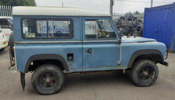 Land-rover defender 90 4c 1985 petrol
