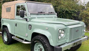 Land Rover defender 90 td5 heritage