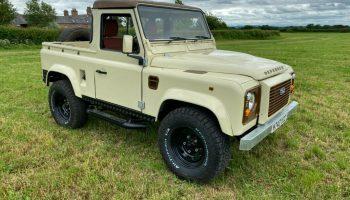 1995 Land Rover Defender 90 300tdi MOT June 2022