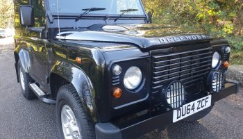 Land Rover Defender 90 Tdci 2.2   2014   Only 34,000 miles  Full service history